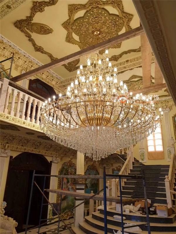 别墅大厅水晶灯